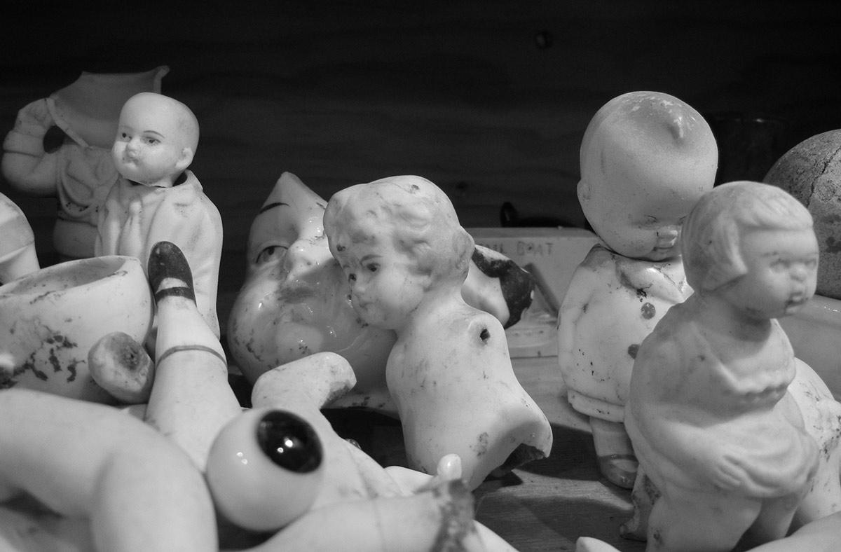 Antique-Dug-Porcelain-Dolls-4