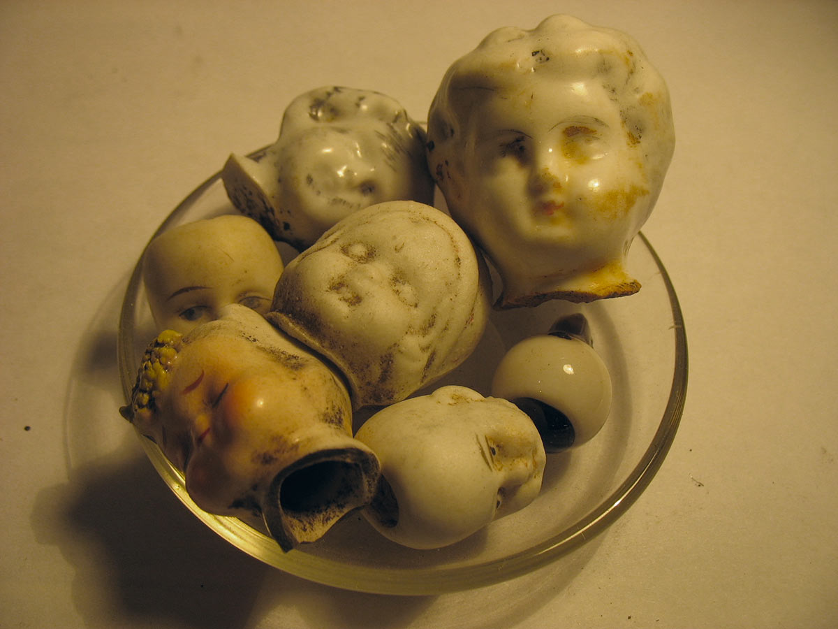 Antique-Dug-Porcelain-Dolls-5